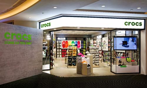 Crocs攜手品牌代言人金晨,驚喜揭幕全球首家新形象店
