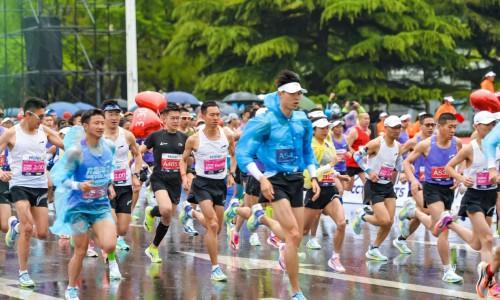 青岛马拉松领跑时代新赛道